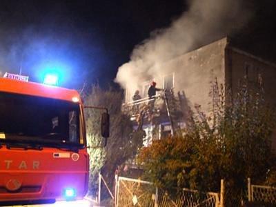W akcji gaśniczej brały udział dwa zastępy straży pożarnej