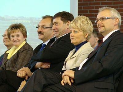 Od lewej: Ewa Potyszka, Cezary Przybylski i Edward Spraski
