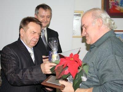 Pierwszy z prawej: Zenon Kalinowski