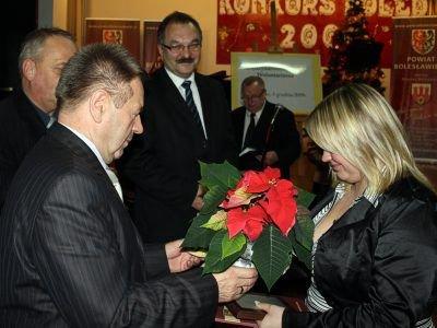 Monika Małolepsza odbiera nagrodę