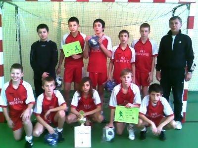 Młodzicy BKS wygrali wszystkie swoje mecze i zajęli pierwsze miejsce w turnieju