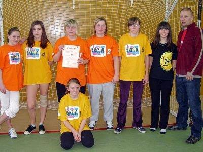 Piłkarki z ZSHiU