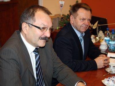 Starostowie Cezary Przybylski i Stanisław Chwojnicki spotkali się z obecnym i przyszłym dowódcą Brygady 20 stycznia