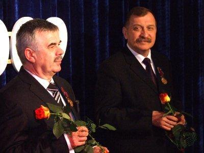 Nagrodzeni profesorowie AGH Piotr Izak i Jerzy Lis