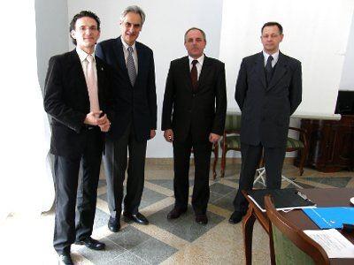 Od lewej: Maciej Małkowski, Charles Napoleon Bonaparte, Wojciech Dębski - burmistrz Pułtuska i Andrzej Olejniczak