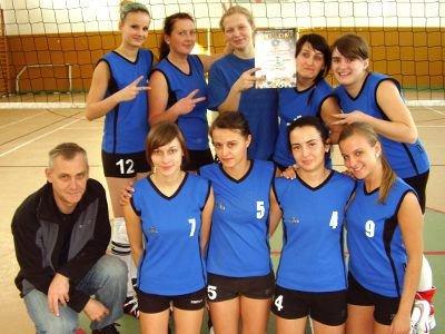 Siatkarki z LO ze Zgorzelca wywalczyły drugie miejsce