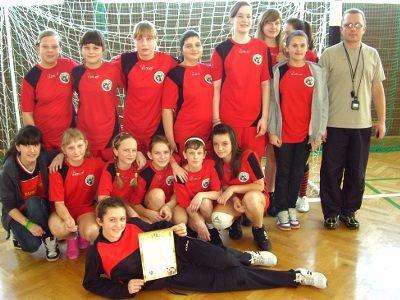 Piłkarki ręczne z Nowogrodźca awansowały do finałów strefowych z pierwszego miejsca