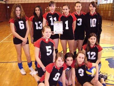 Reprezentacja dziewcząt z Gimnzjum nr 3 w Bolesławcu
