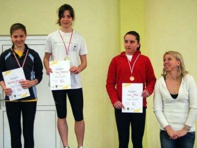 Druga z lewej: Ewa Ochocka