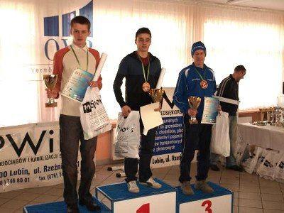 Wojciech Pachnik (pierwszy z lewej) zajął drugie miejsce w kategorii open mężczyzn