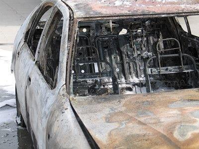 Auto doszczętnie spłonęło