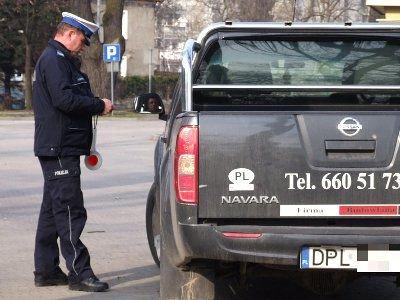 Policjanci kontrolowali m.in. dokumenty, stan techniczny pojazdów oraz sprawdzali czy podróżujący mają zapięte pasy