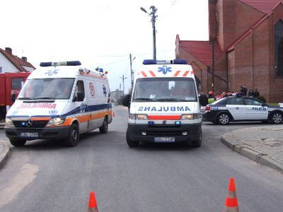 Kobieta i dwaj mężczyźni trafili do szpitala
