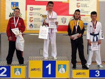 Remigiusz Różnicki (drugi z lewej) zajął 3 miejsce