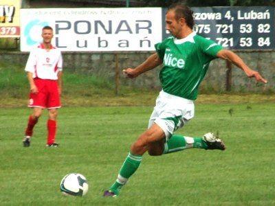 Dobry mecz rozegrał też Kamil Mielnik (trafienie w poprzeczkę i asysta przy golu Łukasza Filipiaka)