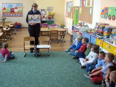 Funkcjonariusze będą prowadzić spotkania edukacyjne we wszystkich bolesławieckich szkołach podstawowych