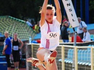 Paula Kowalik - zdobyła brąz w skoku w dal