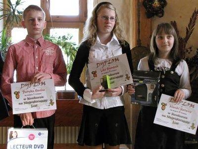 Od lewej: Patryk Szulc, Lidia Stempak i Klaudia Kotwica