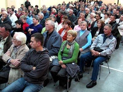 W zebraniu uczestniczyło prawie 200 osób