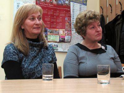 Od lewej: Bożena Mucha i Halina Pieniądz