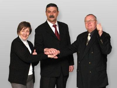 Krzysztofa Malinę popierają Halina Gniewek i Jerzy Małachowski, którzy również brali udział w wyborach na wójta gminy