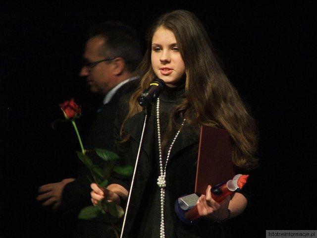 Katarzyna Selwent z-index: 0