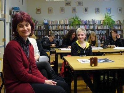 Pierwsza z lewej: Zuzanna Mróz