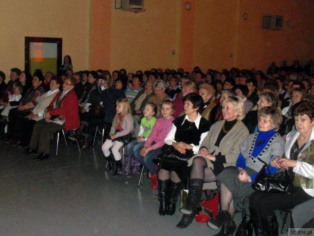 Sala Domu Kultury w Tomaszowie pękała w szwach