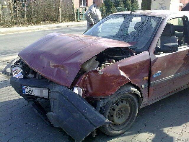 Kierowca Fiata jechał ulicą Staszica