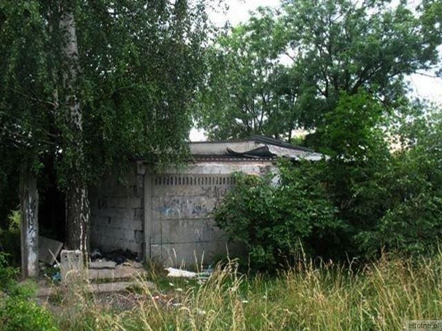 Blachy skradziono z dachu pustostanu znajdującego się przy ul. Hutniczej