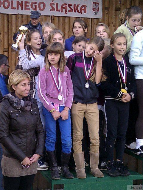 Ekipa dziewcząt z SP nr 1 w Bolesławcu wywalczyła wicemistrzostwo Dolnego Śląska