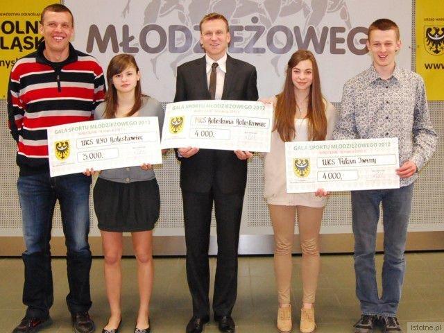 Szef Tukana Dariusz Pachnik, Eryka Baran, prezes Bolesłavii Bartosz Gruman, Ewa Ochocka i Wojciech Pachnik
