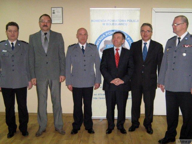 Trzeci po lewej: Artur Krawczyk
