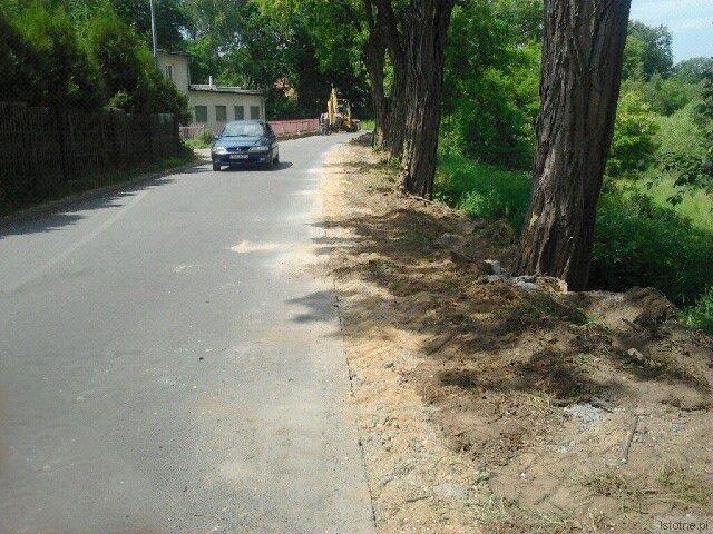 Miejsce po chodniku