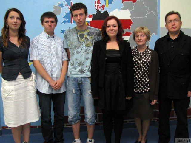 Edyta Gawilk-Lippik, Rafał Ryżewski, Marcel Szymski, Dagmara Kałkus, Dorota Kurowska i Mirosław Sakowski