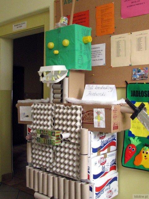 """Robot """"skonstruowany"""" przez podopiecznych Przedszkola Niepublicznego w Łaziskach"""