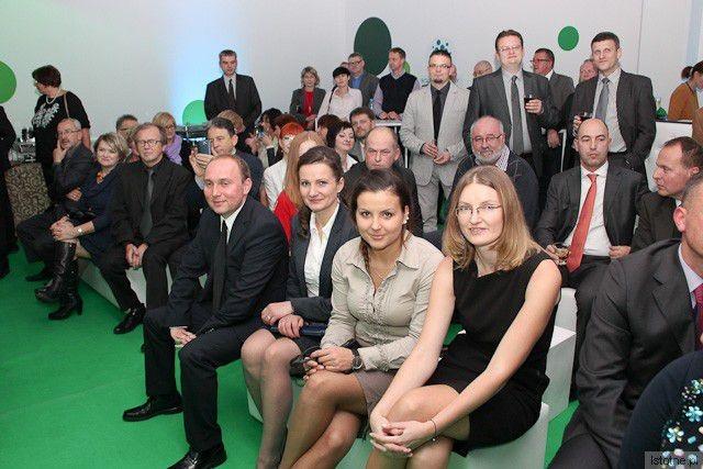 Goście zaproszeni na otwarcie Galerii