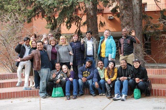 W grupie Katarzyny Cieślak-Ostrowskiej byli nauczyciele z Ukrainy, Łotwy, Rosji, Estonii, Gruzji, Dominikany, Chile, Indii, Nepalu, Omanu, Kambodży, Maroka, Wybrzeża Kości Słoniowej, Gany i RPA
