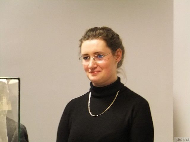 """Magdalena Cisło zaprezentowała w BOK-MCC swoją parcę dyplomową """"O przezwyciężaniu cierpienia-o twórczej sile nadziei"""""""