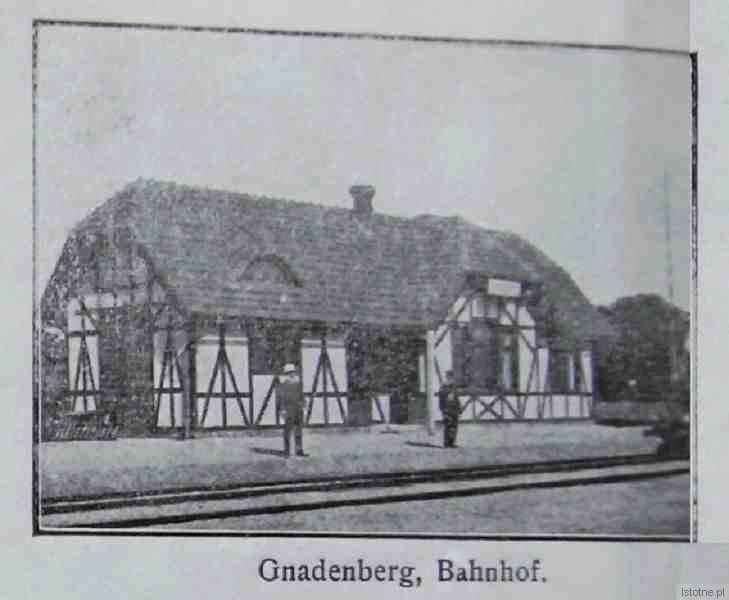 Dawny Dworzec Kolejowy w Godnowie. Rozebrany w latach 70-tych XX wieku.