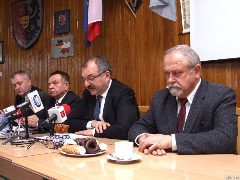 Od prawej: Karol Stasik, Cezary Przybylski, Stanisław Chwojnicki i Dariusz Kwaśniewski