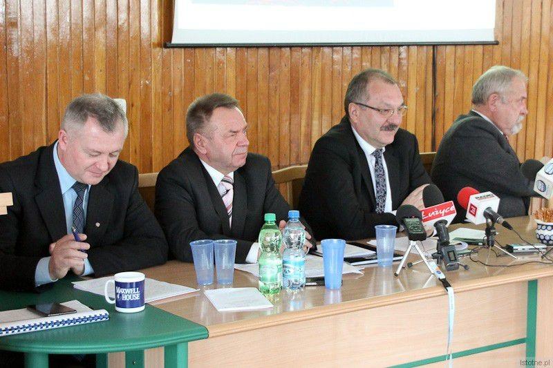 Najważniejsi w powiecie: Dariusz Kwaśniewski, Stanisław Chwojnicki, Cezary Przybylski i Karol Stasik