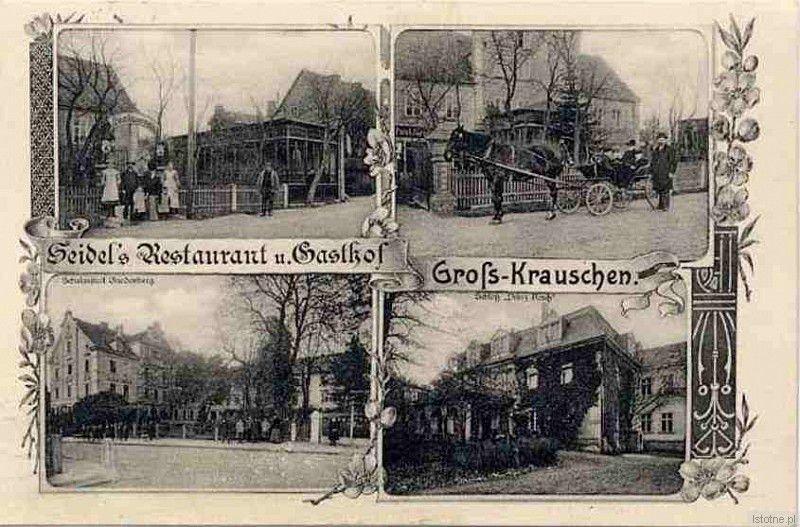 Pocztówka z pierwszej połowy XX wieku z widokiem na pałac oraz gospodę w Kruszynie. Gospoda znajdowała się przy obecnej ulicy głównej