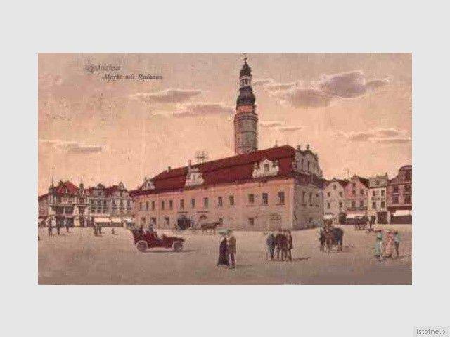 Budynek ratusza pod koniec XIX wieku
