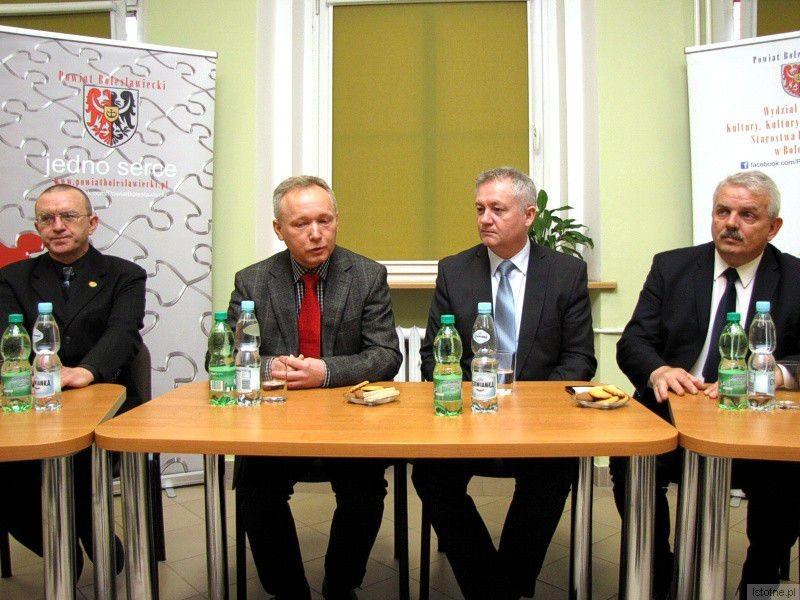 Adam Baniecki, Janusz Gołaszewski, Dariusz Kwaśniewski i Cezariusz Rudyk z-index: 0