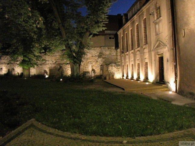 W Noc Muzeów, 17 maja, po raz pierwszy zostanie udostępniony wyremontowany budynek Działu Ceramiki wraz z ogrodem przy ul. Mickiewicza