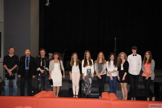 Jury i uczestnicy przeglądu