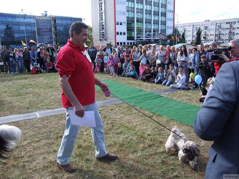 Pies Ali i jego właściciel Bogdan Bomba