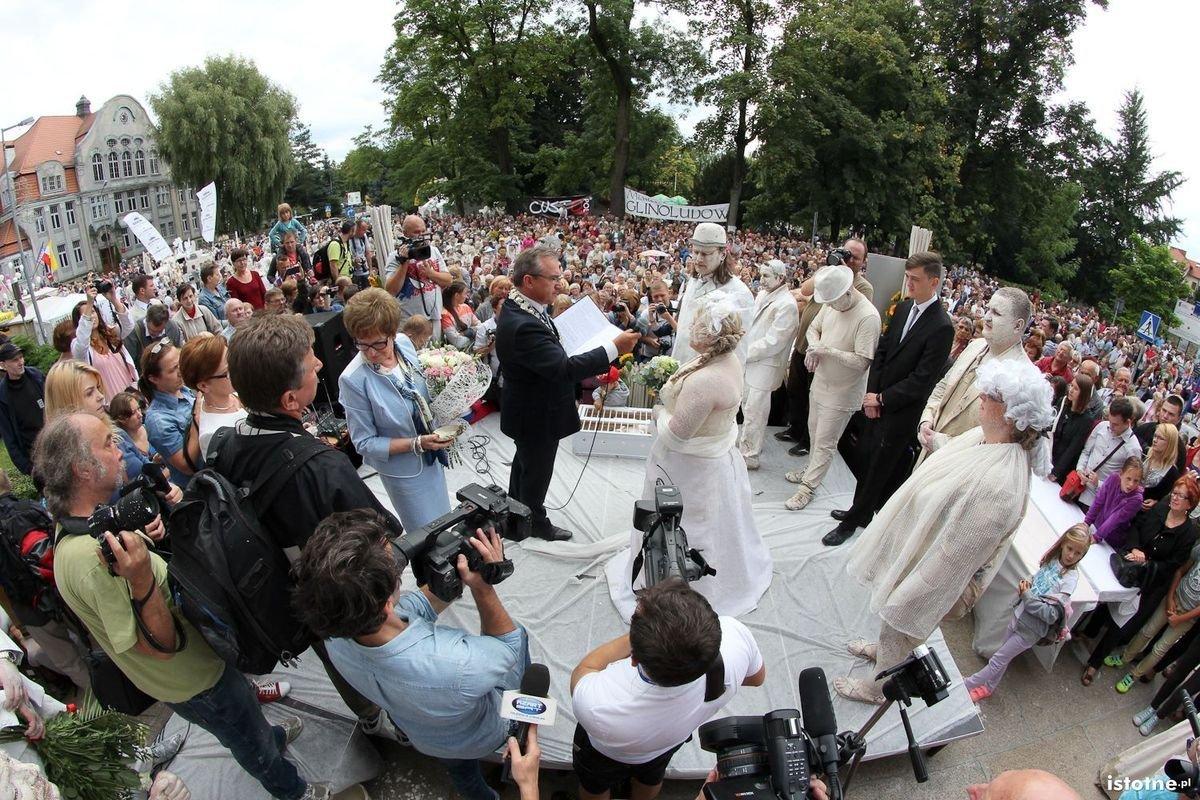 Ślub Glinoludów