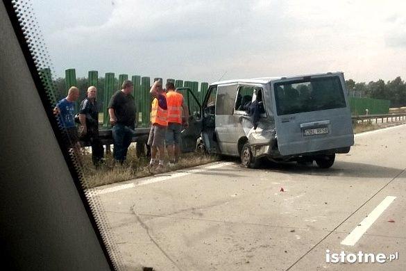 Wypadek na A4 busa z Bolesławca